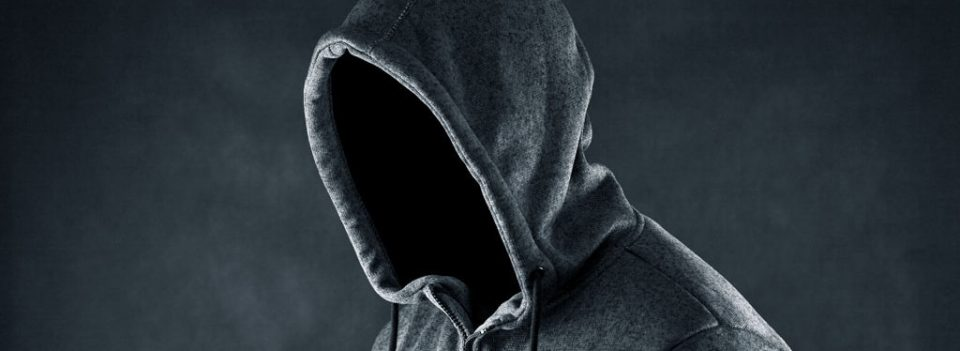 盗版主题的可怕性,危害网站安全的恶意代码-轻语博客